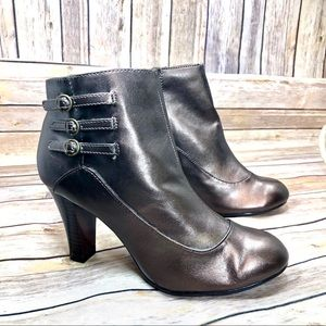 Predictions bronze round toe booties size 6.5